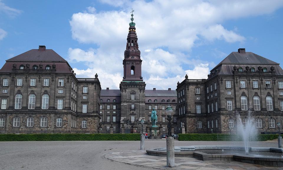 Christiansborg 2 LR